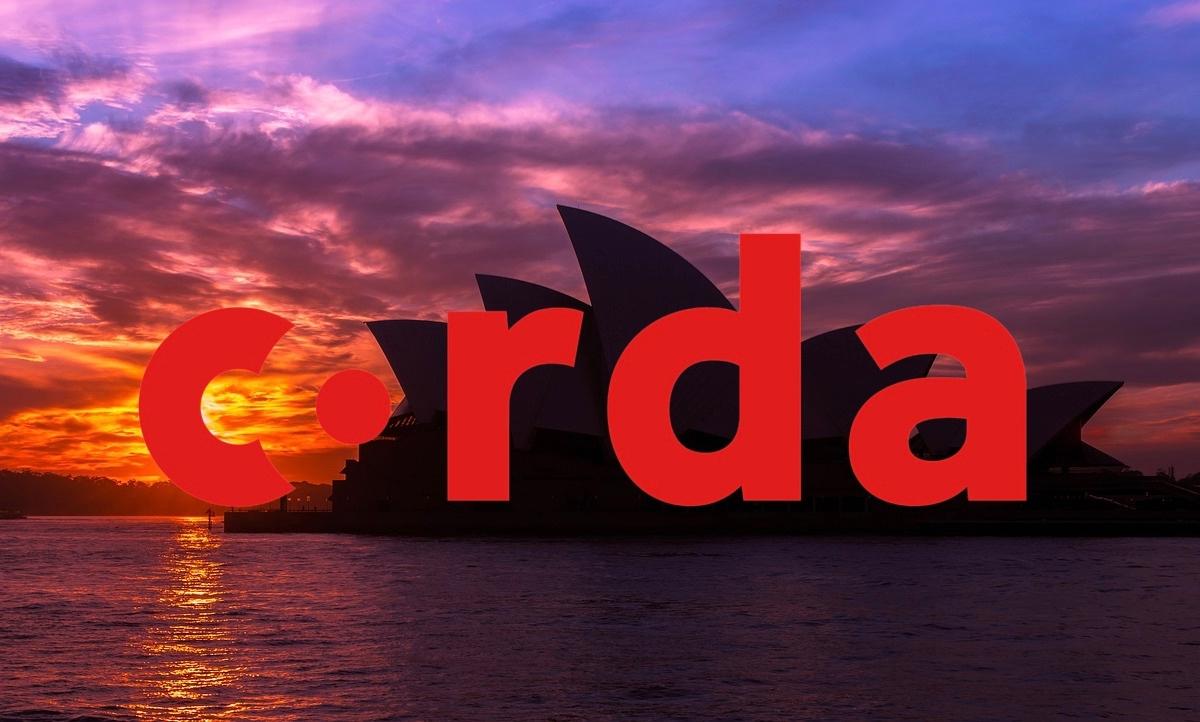 https://pixabay.com/en/sydney-opera-house-opera-house-3381786/